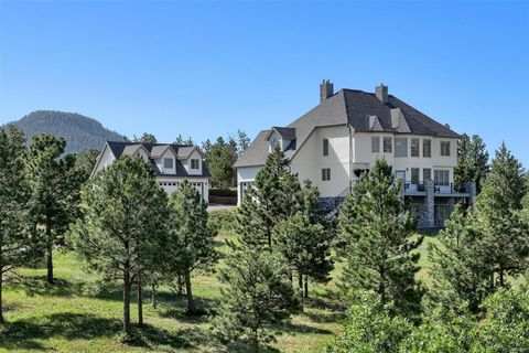 2260 Quartz Mountain Dr, Larkspur, CO 80118