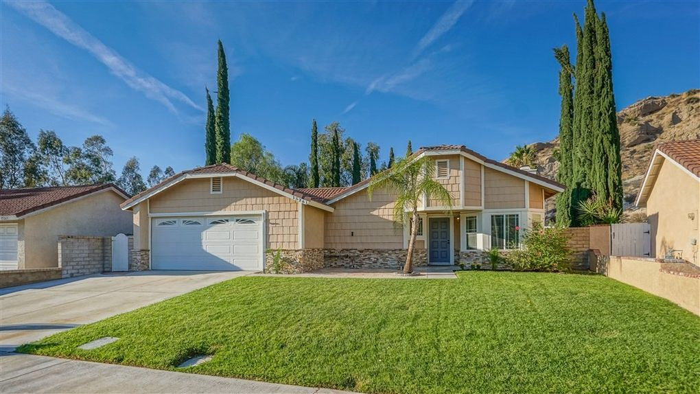 15261 Carla Ct, Canyon Country, CA 91387