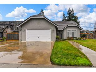 Photo of 18422 Milford Dr, Lockeford, CA 95237