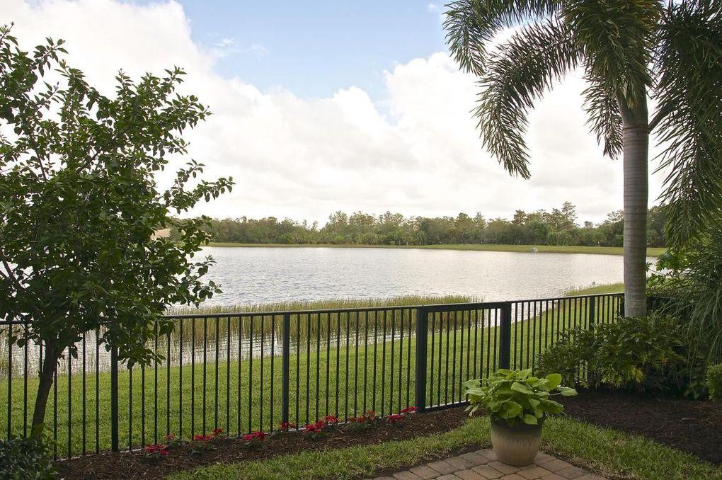8433 Cocoplum Sound Ln West Palm Beach, FL 33411