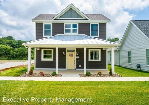 Photo of 2530 Walden Blvd, Cape Girardeau, MO 63701