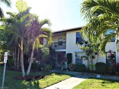 Photo of 9285 Lake Park Dr Apt 202, Fort Myers, FL 33919