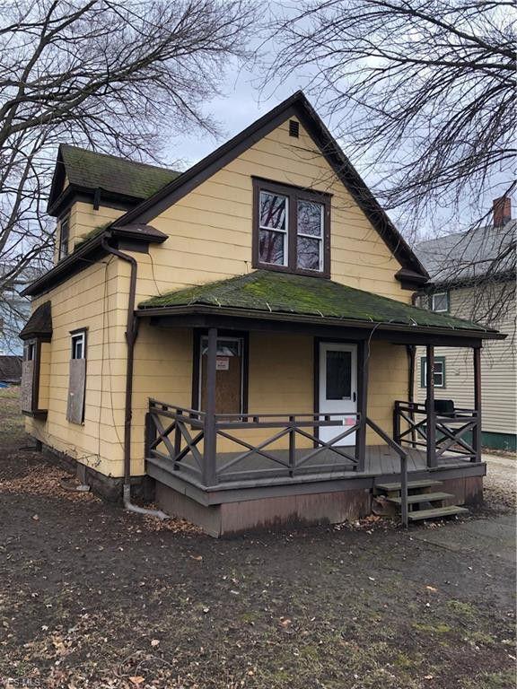 210 Lake St Akron, OH 44301