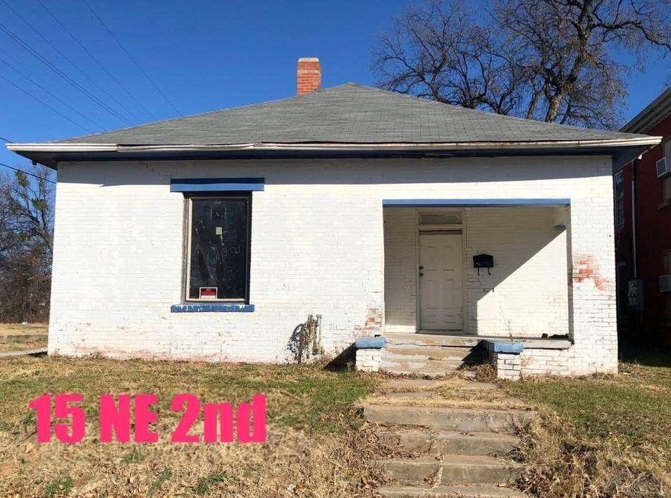 15 2nd Ave Ne, Ardmore, OK 73401