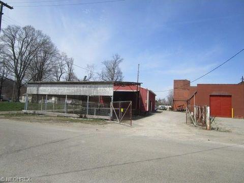 18 Harrison St, Zanesville, OH 43701
