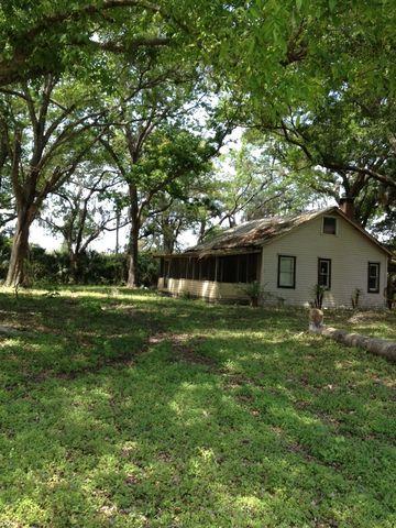 Photo of 150 Countylineditch Rd, Oak Hill, FL 32759