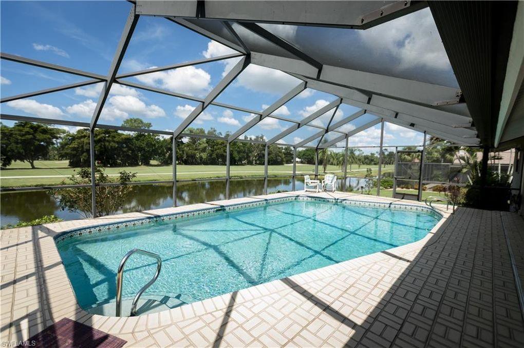 16713 Bobcat Dr, Fort Myers, FL 33908