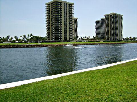 20 Yacht Club Dr Apt 103, North Palm Beach, FL 33408