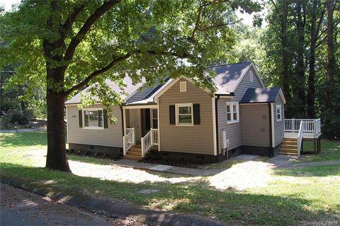 Photo of 2984 Shady Ln, Charlotte, NC 28208