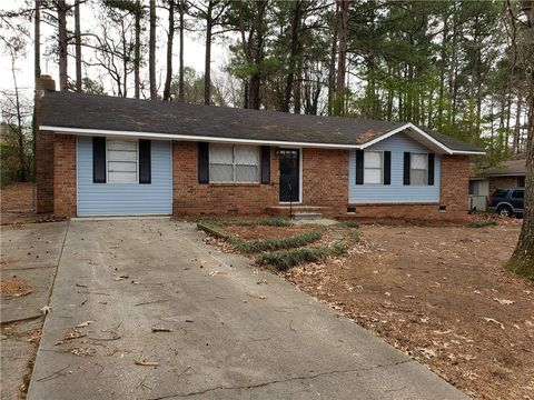 Photo of 1445 Iron Gate Blvd, Jonesboro, GA 30238