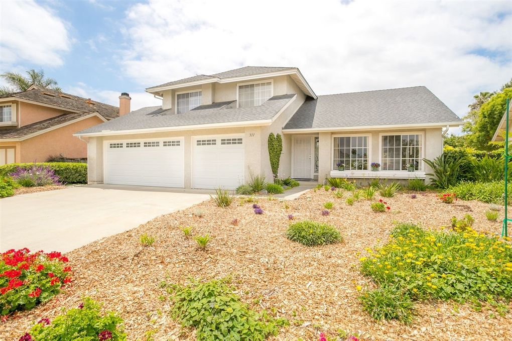 311 Holiday Way Oceanside, CA 92057
