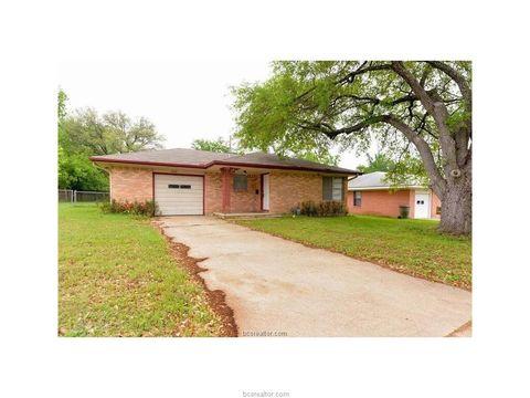 Photo of 404 Olive St, Bryan, TX 77801