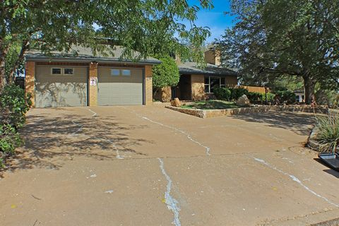Photo of 28 E Canyonview Dr, Ransom Canyon, TX 79366