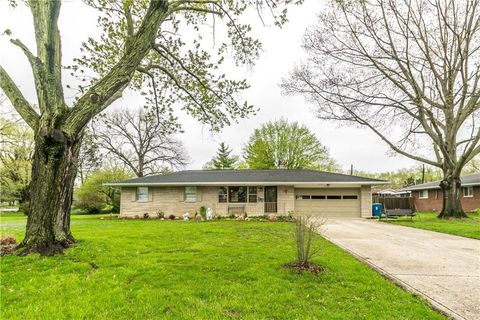 Photo of 7103 Chandler Dr, Indianapolis, IN 46217