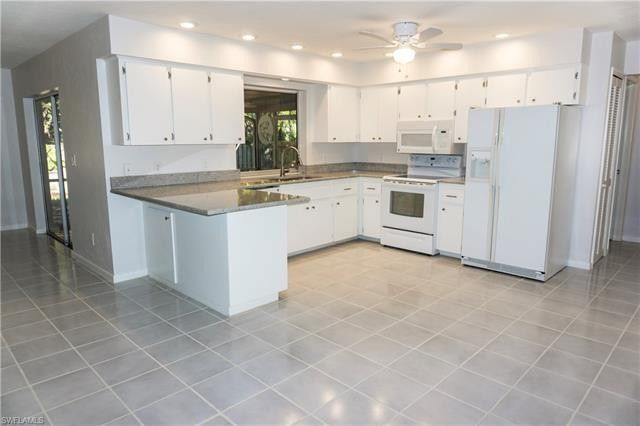 3672 Kelly St, Fort Myers, FL 33901