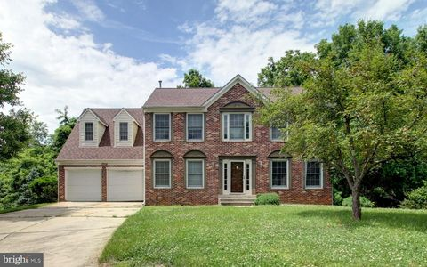Photo of 3504 Golden Hill Dr, Bowie, MD 20721