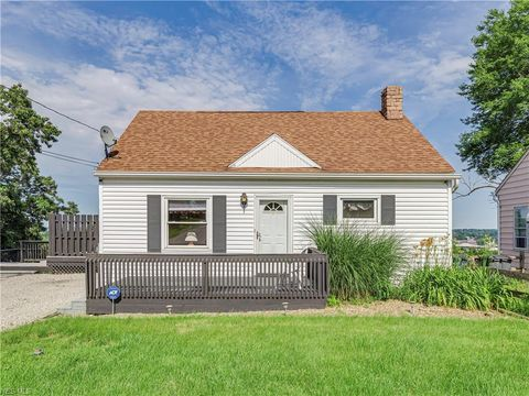 Photo of 1807 New York St, Akron, OH 44314