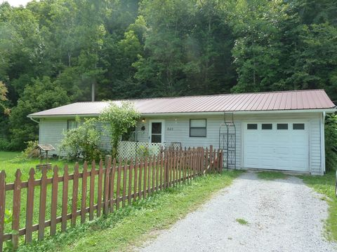 Photo of 845 E Wolf Valley Rd, Heiskell, TN 37754