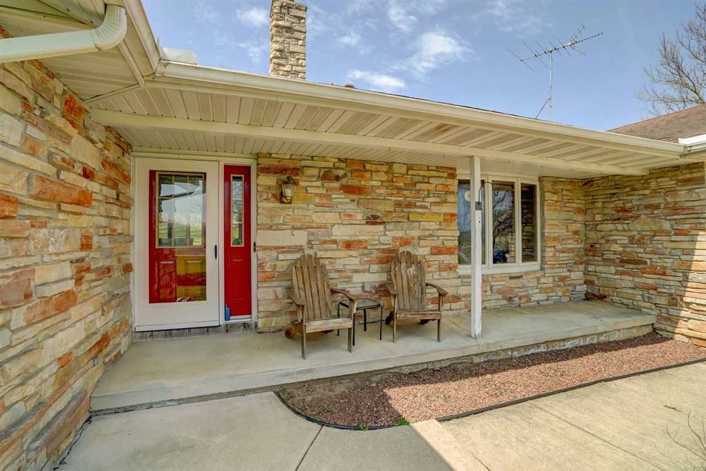 3149 County Road P, Mount Horeb, WI 53572