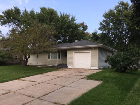 7816 Major Ave N Brooklyn Park MN 55443