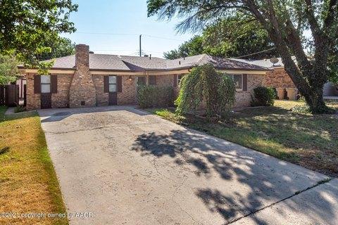 110 Avalon St, Borger, TX 79007