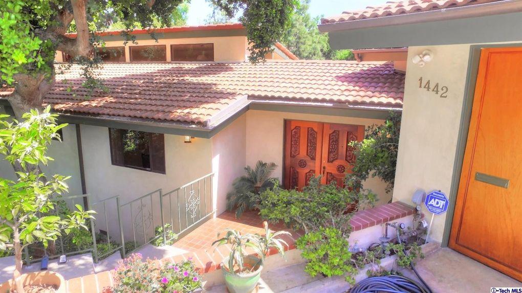 1442 Lomita Dr, Pasadena, CA 91106