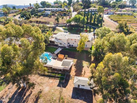 Photo of 1527 Donita Dr, El Cajon, CA 92020