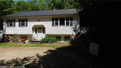 6 Crisscross Ln, Searsport, ME 04974