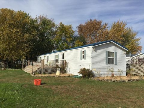 918 Peters St, Lake City, MN 55041