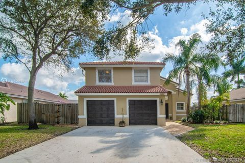 Photo of 2489 Nw 191st Ave, Pembroke Pines, FL 33029