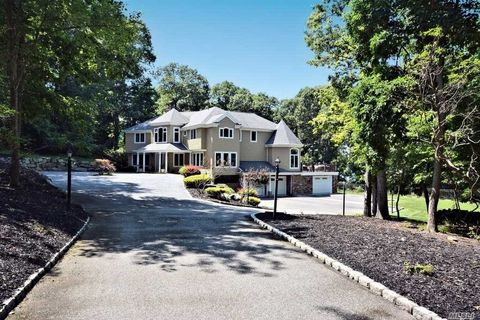 1 Sunset Path, Belle Terre, NY 11777