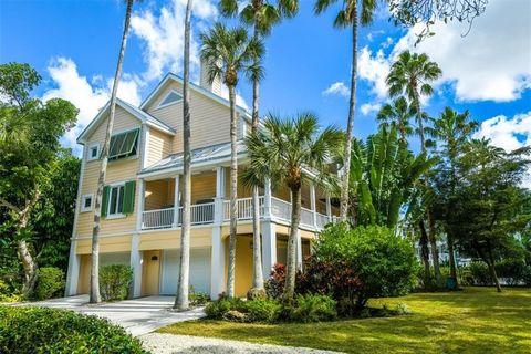 London oak large pedestal home Gas Light Photo Of 3333 Higel Ave Sarasota Fl 34242 Crate And Barrel Sarasota Fl Real Estate Sarasota Homes For Sale Realtorcom