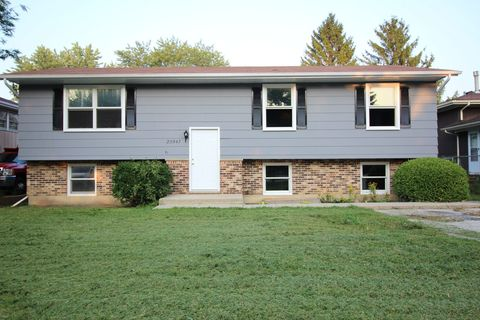 Photo of 20547 N Eugene Ave, Prairie View, IL 60069
