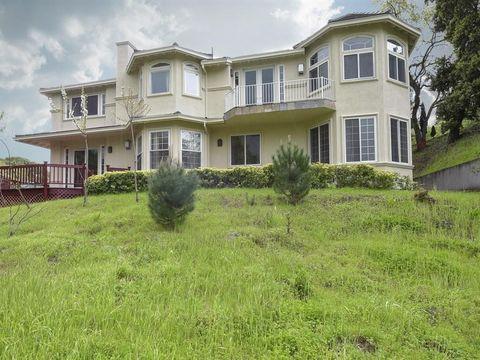 27400 Elena Rd, Los Altos Hills, CA 94022