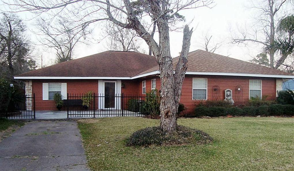 512 Cypress Ave Crosby, TX 77532