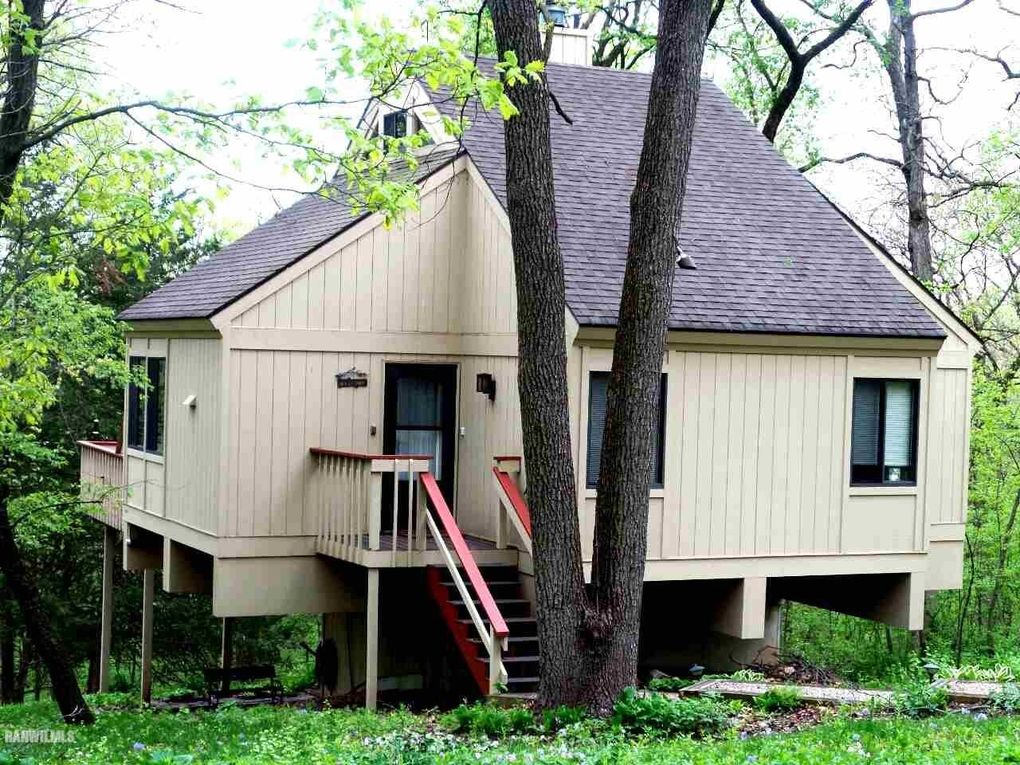15 Lookout Trce, Galena, IL 61036