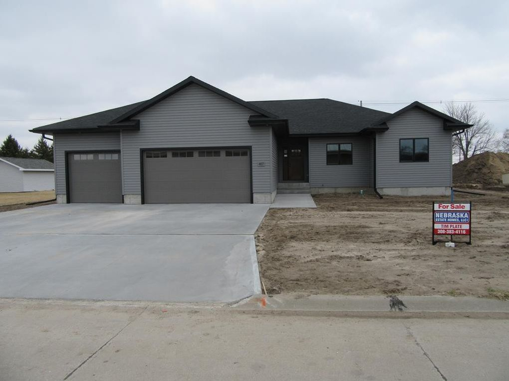 407 Green St, Wood River, NE 68883