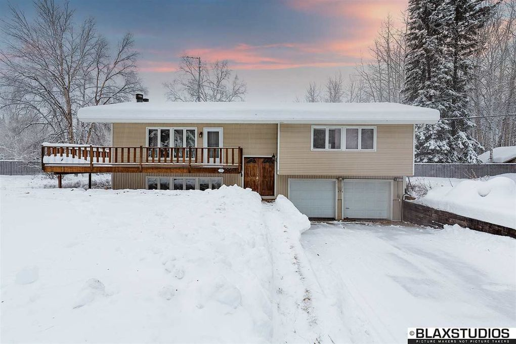 3210 Wyatt Rd, North Pole, AK 99705