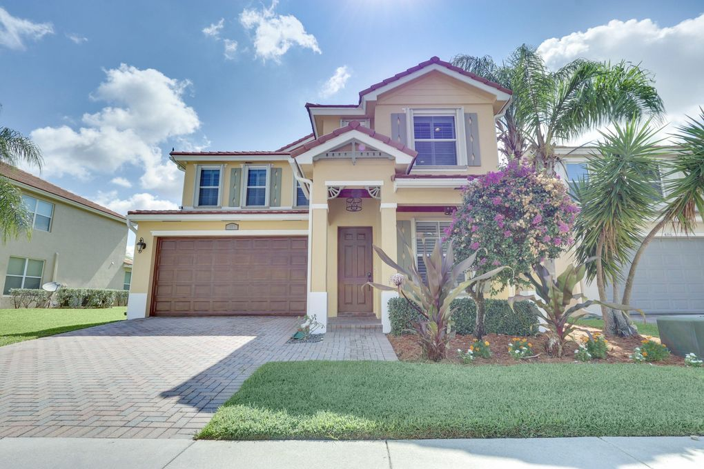 480 Mulberry Grove Rd Royal Palm Beach, FL 33411