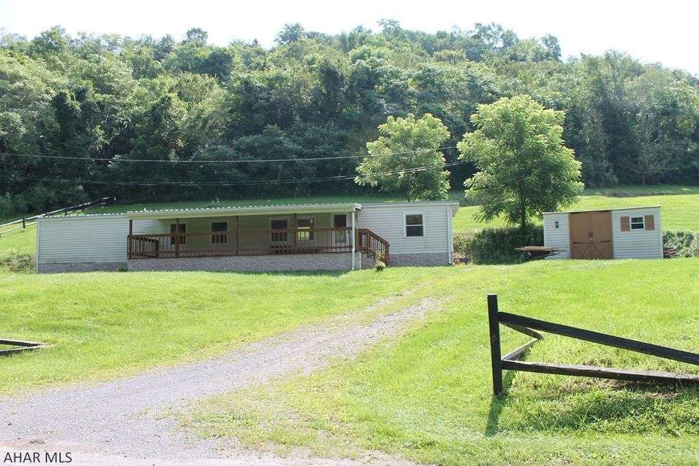 225 Blue Hole Rd, Williamsburg, PA 16693