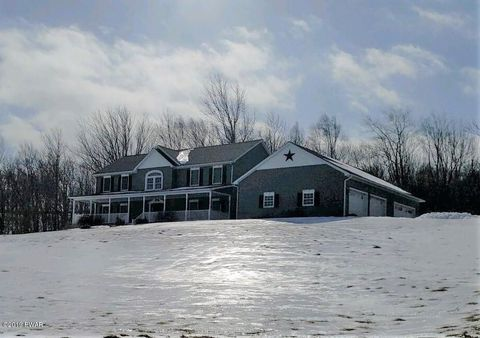 Photo of 559 Boyds Mills Rd, Milanville, PA 18443