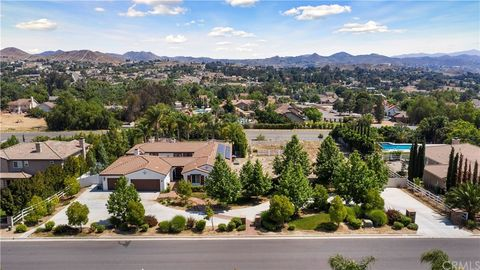 Photo of 17487 Timberview Dr, Riverside, CA 92504