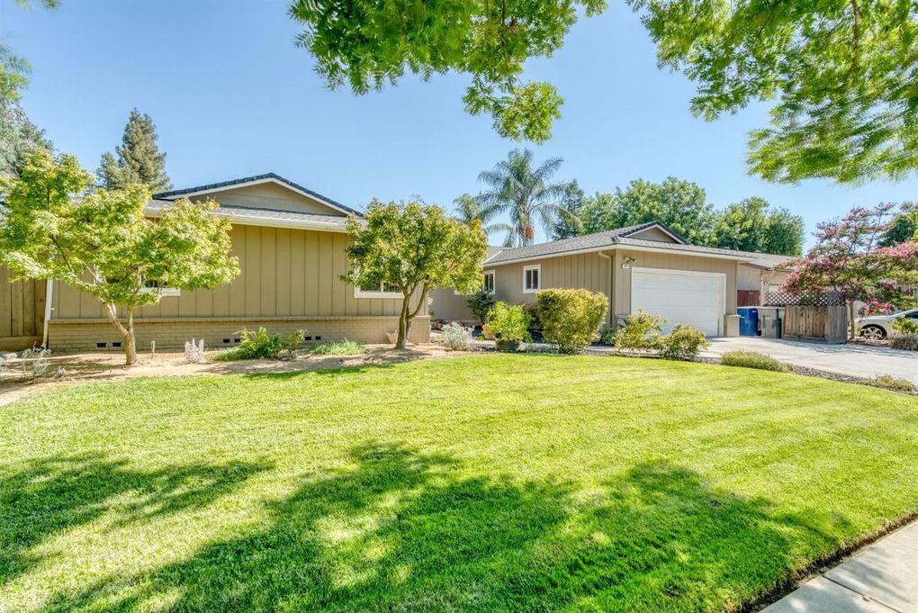 3067 W Mesa Ave Fresno, CA 93711