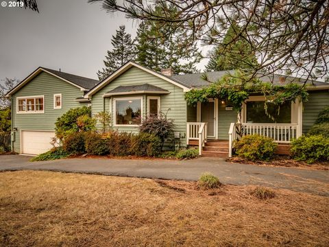 Photo of 10505 Se Walnut Dr, Happy Valley, OR 97086