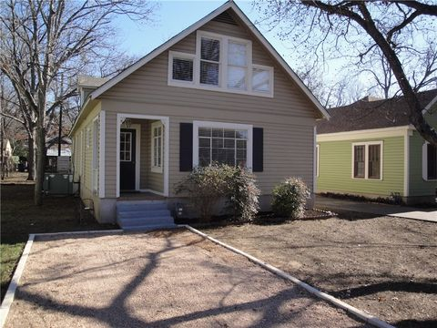 Photo of 4011 Avenue F, Austin, TX 78751