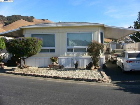 711 Old Canyon Rd Spc 71, Fremont, CA 94536