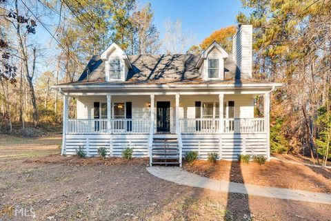 470 Fox Meadow Dr, Covington, GA 30016