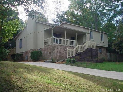 108 Creek Valley Dr, Charlotte, NC 28270