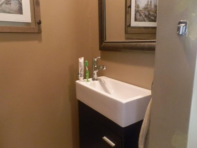 Bathroom Fixtures Worcester Ma 62 hadwen rd, worcester, ma 01602 - realtor®