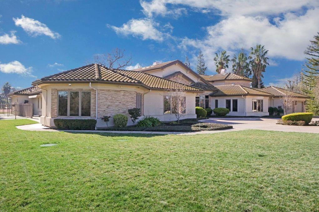 3614 Country Club Blvd Stockton, CA 95204